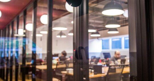 Empresas dão adeus ao escritório tradicional