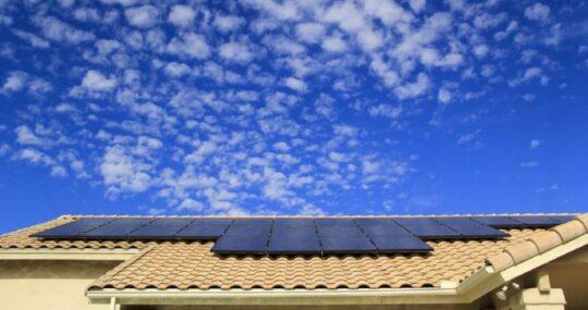 Geração solar cresce 86,6% durante o primeiro semestre, afirma CCEE